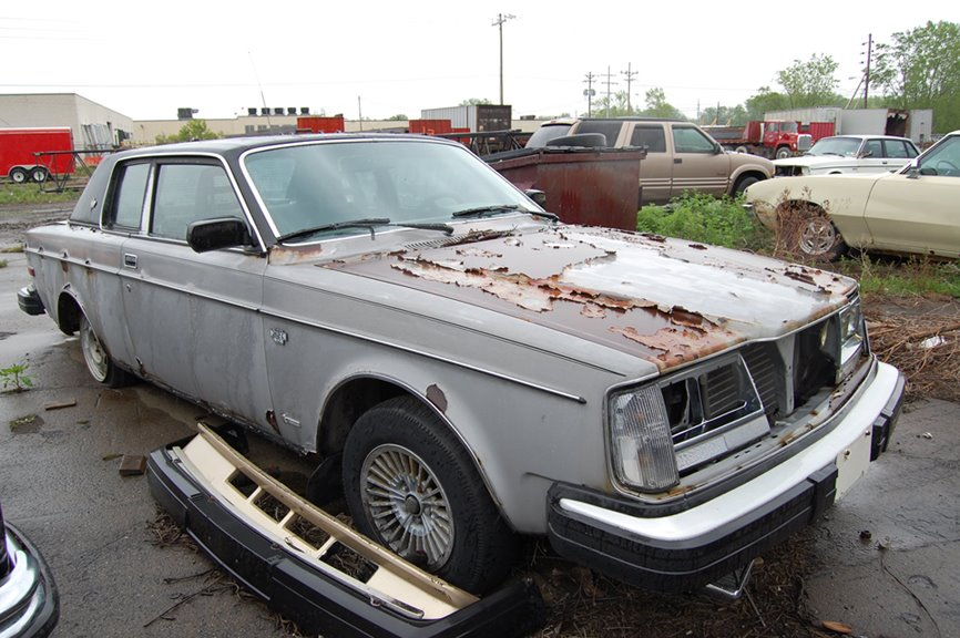 Volvo 262c Bertone Ran When Parked