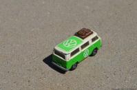 tomica-volkswagen-bus-2