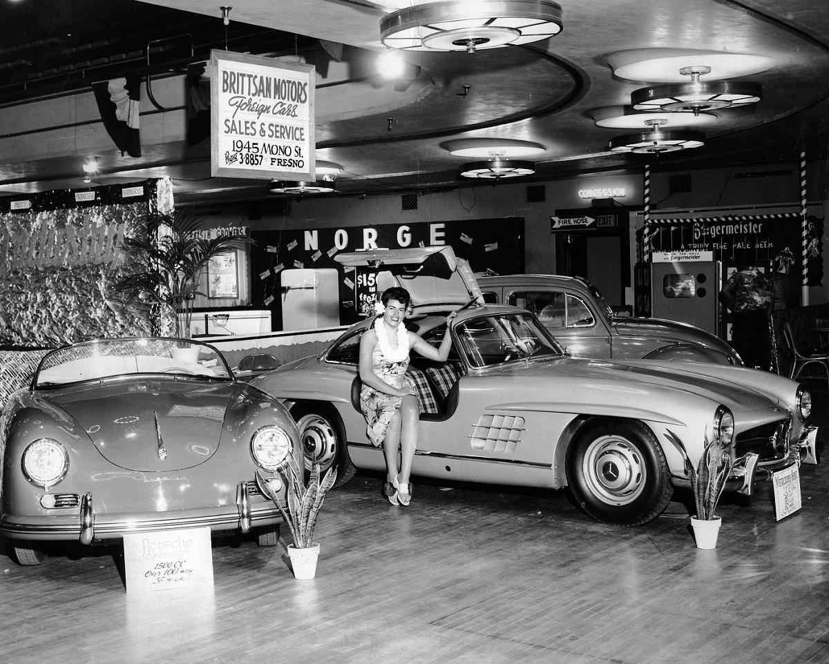 Caption contest mercedes benz 300sl ran when parked for Mercedes benz of fresno california