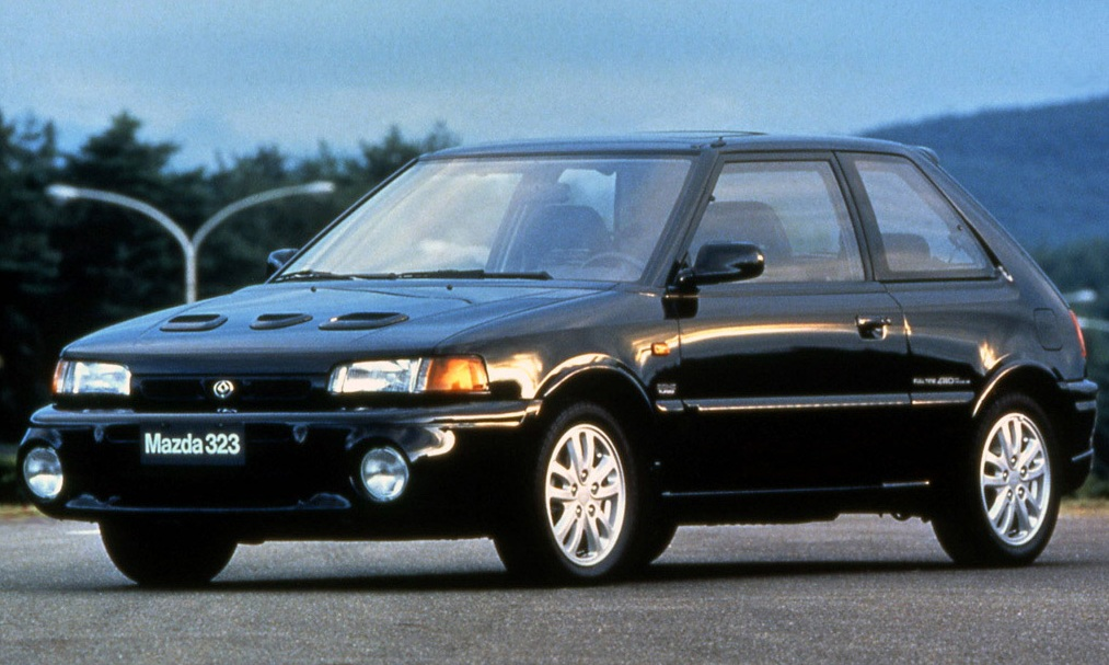 sunday classic mazda 323 gt r ran when parked. Black Bedroom Furniture Sets. Home Design Ideas
