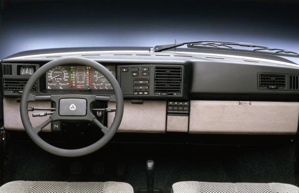 lancia-y10-turbo-4