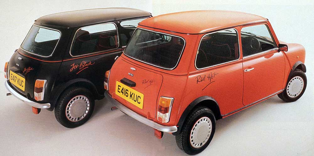 sunday classic  austin mini red hot  u0026 jet black