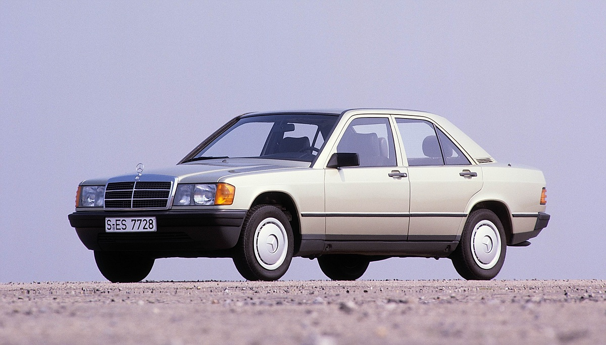 happy 30th mercedes benz 190 w201 ran when parked. Black Bedroom Furniture Sets. Home Design Ideas