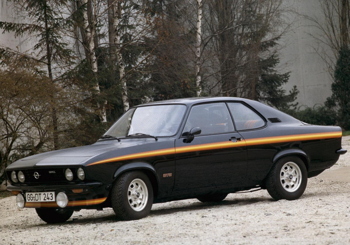opel manta black magic 3 ran when parked. Black Bedroom Furniture Sets. Home Design Ideas