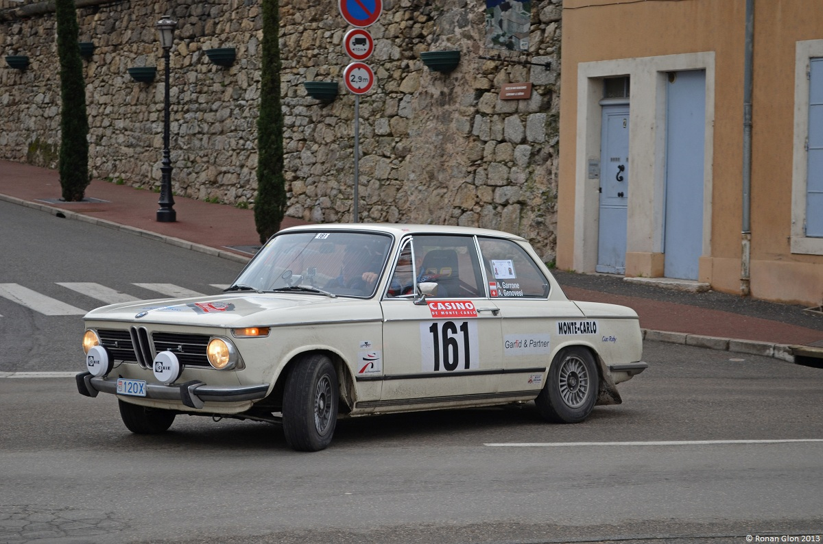 52 monte carlo historique bmw 2002 ran when parked. Black Bedroom Furniture Sets. Home Design Ideas