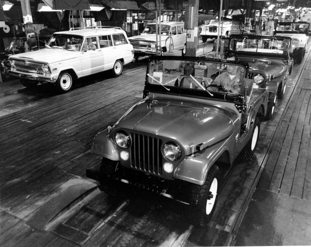 jeep-cj-5-assembly-line