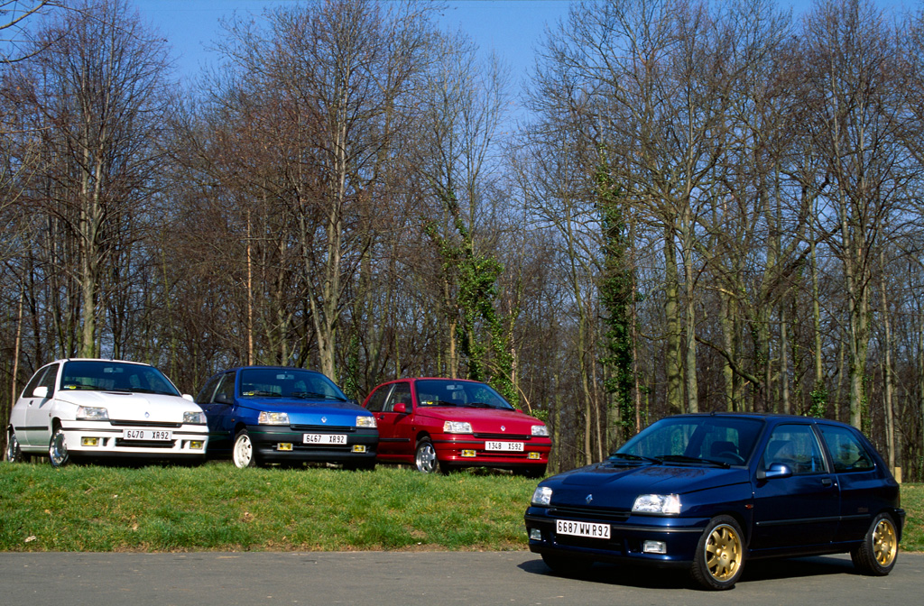 20 Years Ago Renault Launches The Clio Williams likewise Renault Dauphine 1962 also Optra likewise Renault Koleos 4wd Launched In Malaysia together with Renault 4 Gtl 1986 C White. on renault 4 cylinder engine