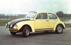 Volkswagen Kaefer 1303 gewinnt ?Das Goldene Klassik-Lenkrad 2012?