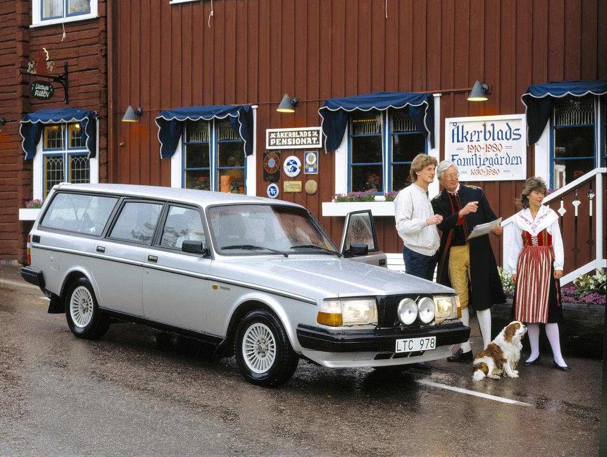 Caption Contest Volvo 240 Glt Ran When Parked