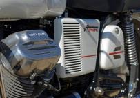 2013-velaux-mot-auto-retro-motoguzzi-2