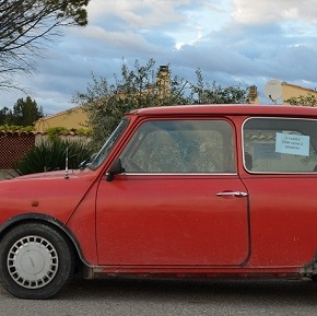 A quick drive in a 1988 Austin Mini Red Hot