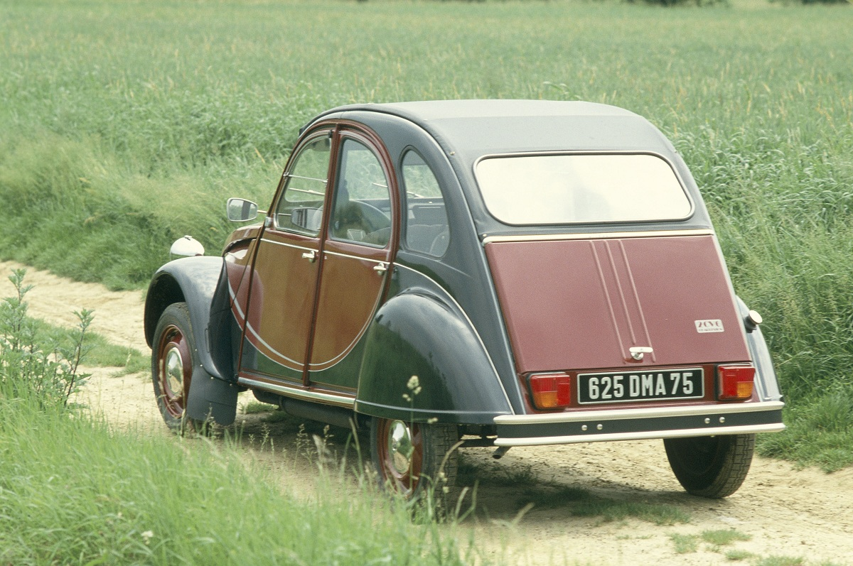 citroen 2cv charleston 7 ran when parked. Black Bedroom Furniture Sets. Home Design Ideas
