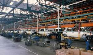 peugeot-205-assembly-line