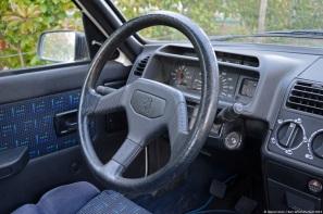 peugeot-205-interior-2
