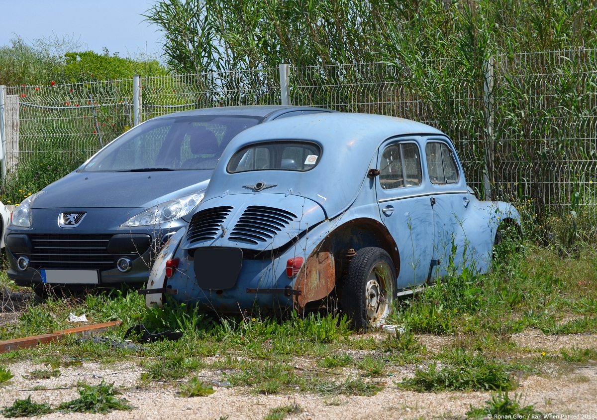 car lot find renault 4cv ran when parked. Black Bedroom Furniture Sets. Home Design Ideas