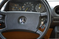 1981-mercedes-benz-230e-w123-18