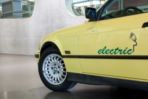 bmw-325-electric-5