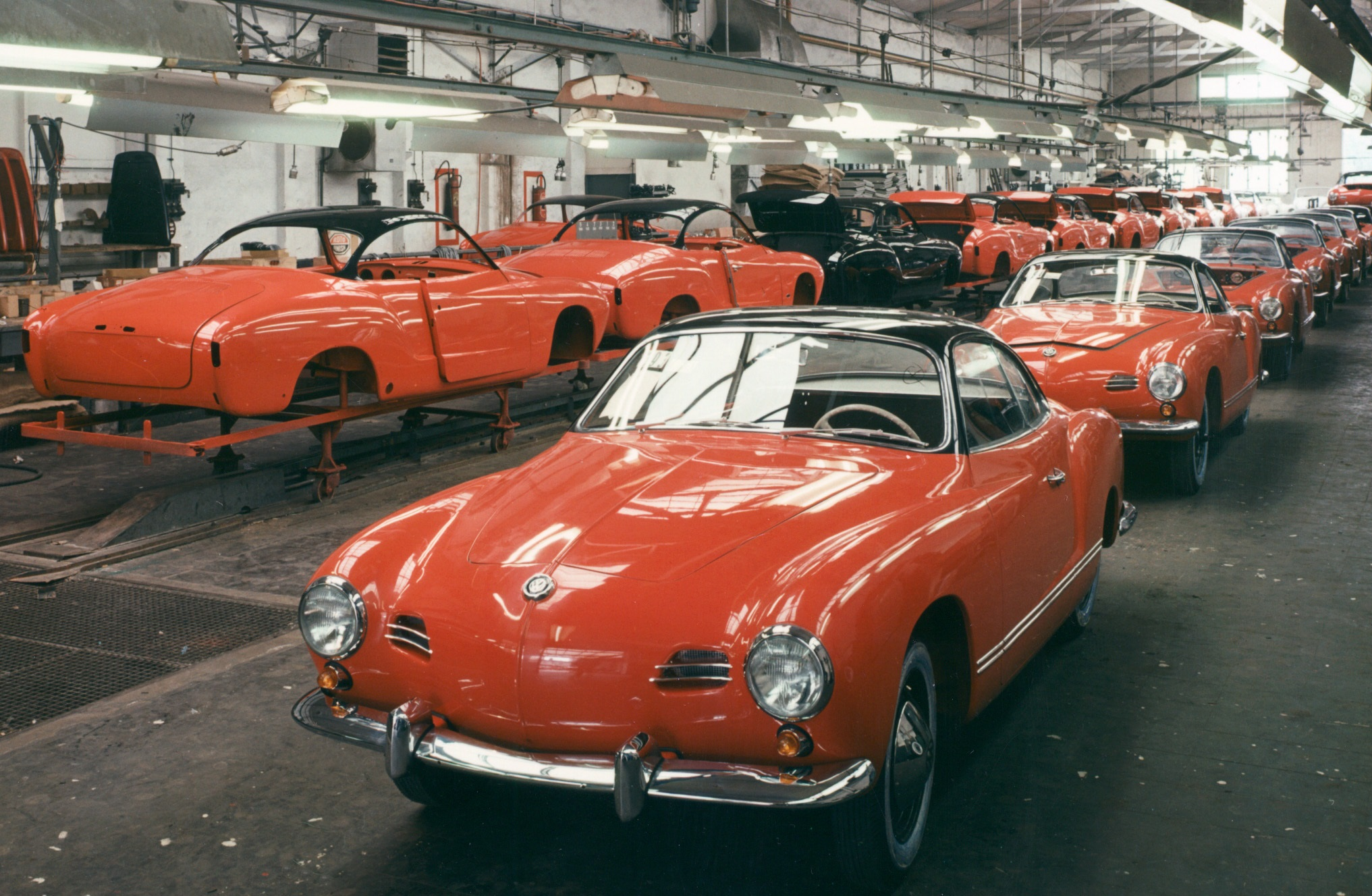 60 years ago the volkswagen karmann ghia debuts as a concept ran when parked. Black Bedroom Furniture Sets. Home Design Ideas