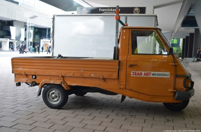 frankfurt-motor-show-piaggio-vespacar-p2-7