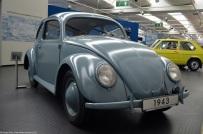 volkswagen-museum-wolfsburg-1949-beetle-1