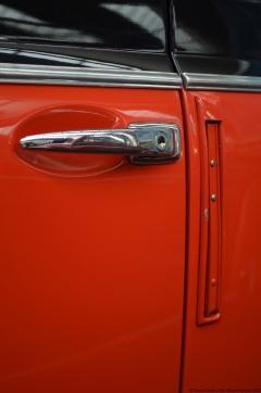 volkswagen-museum-wolfsburg-beetle-cabriolet