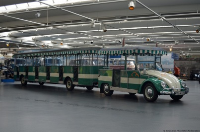 volkswagen-museum-wolfsburg-beetle-road-train