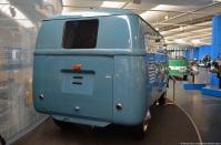 volkswagen-museum-wolfsburg-bus-barndoor-1