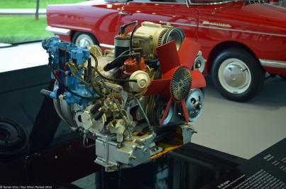 zeithaus-autostadt-citroen-m35-engine