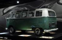 zeithaus-autostadt-volkswagen-bus-3