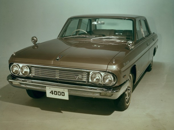 nissan-president-brown