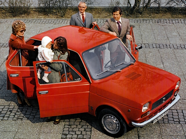 fiat-127-caption