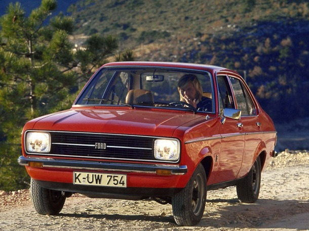 ford-escort-red