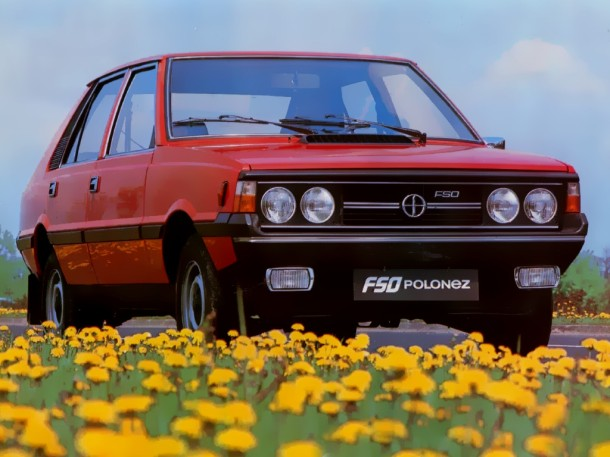 FSO-polonez-red