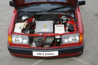 mercedes-benz-190-electric-5