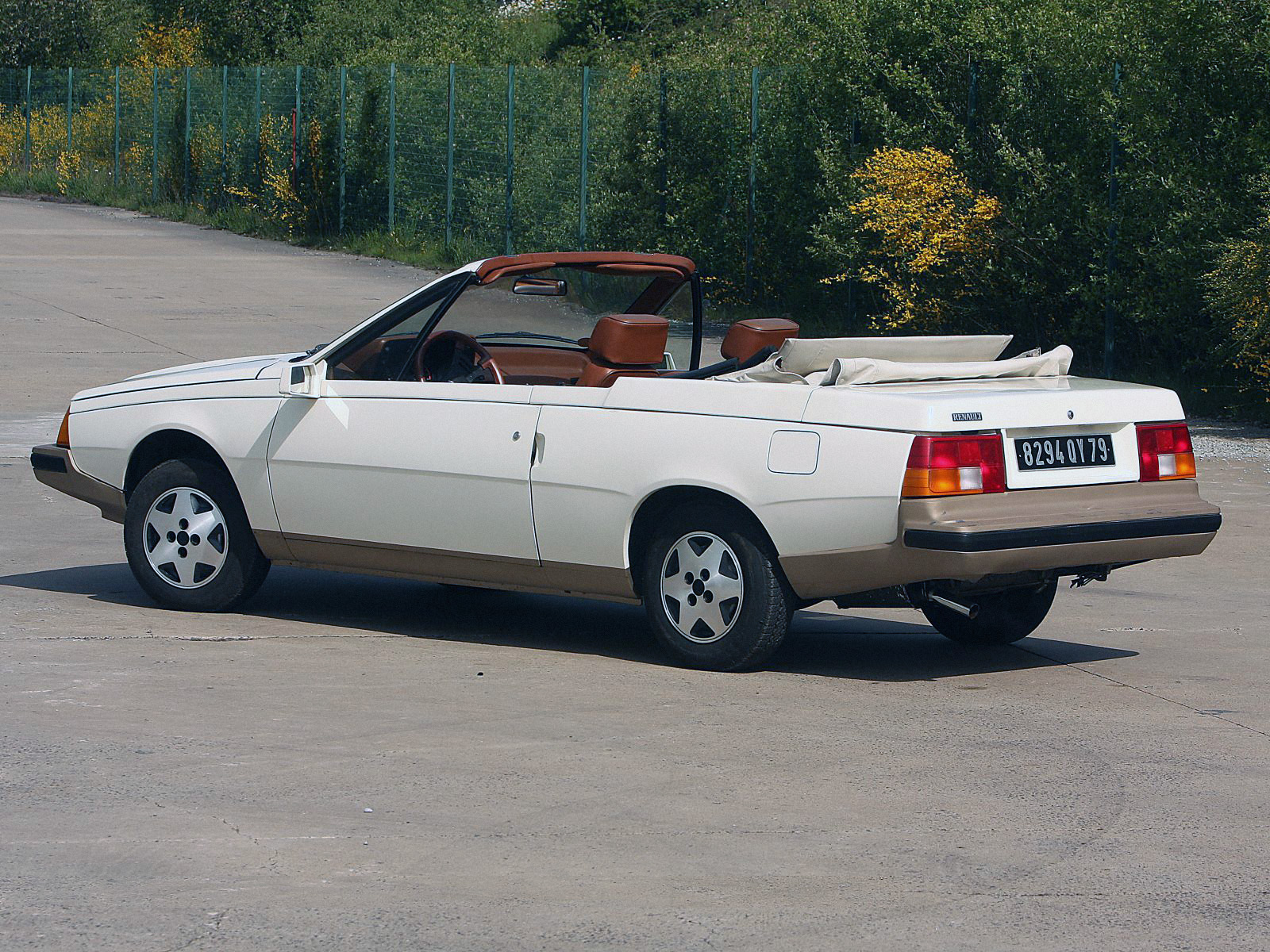 a look at the heuliez built renault fuego turbo convertible ran when parked. Black Bedroom Furniture Sets. Home Design Ideas