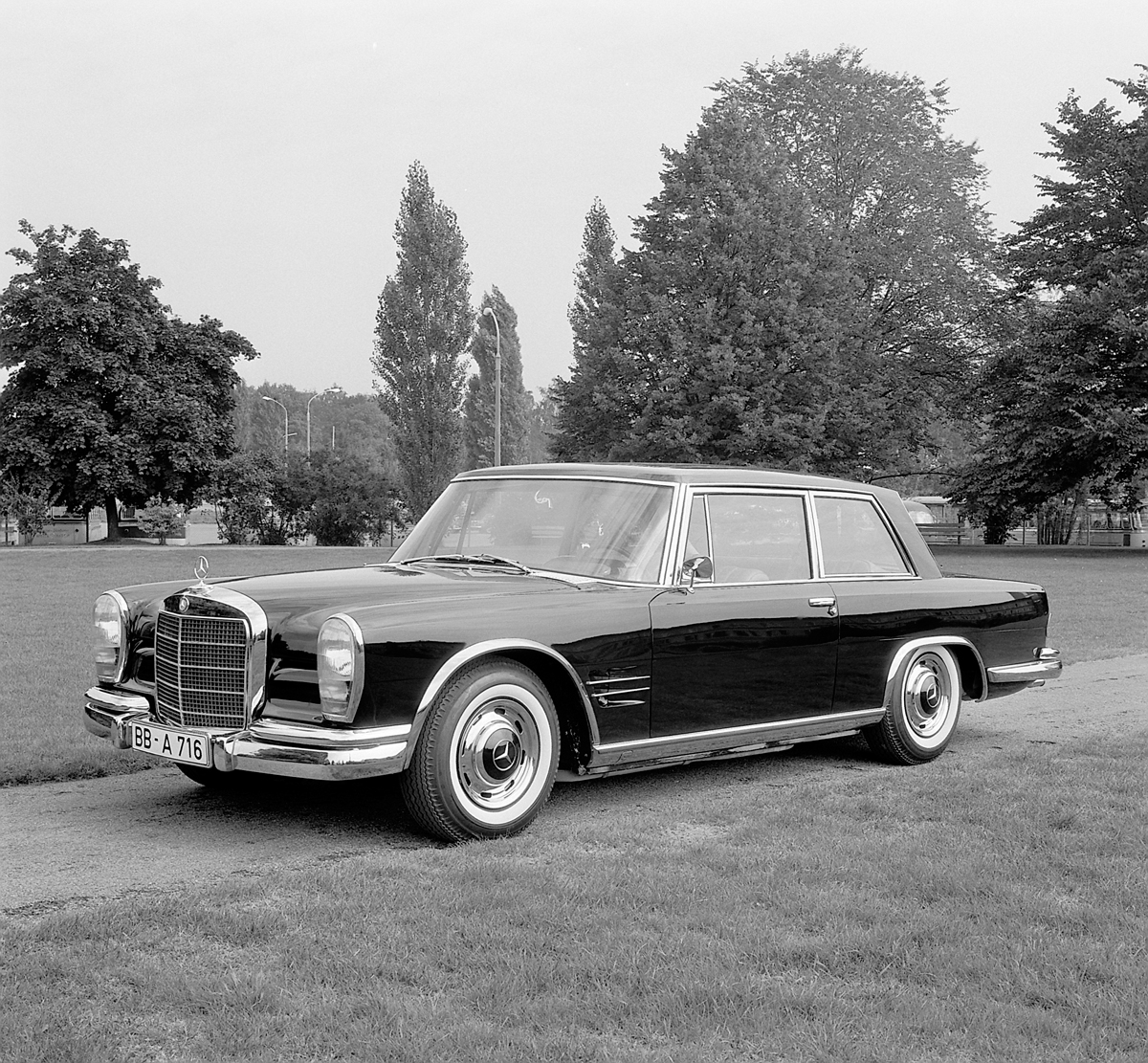 a look at the one off mercedes benz 600 coupe w100 ran