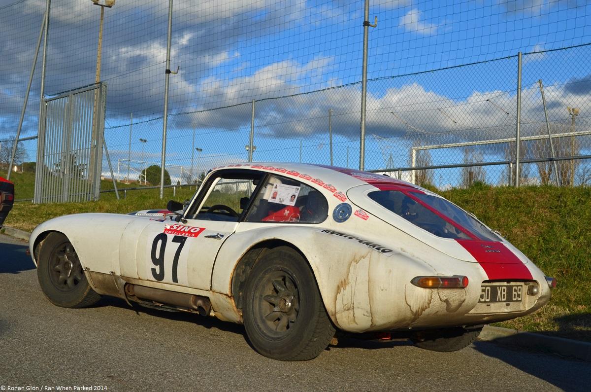 Une jaguar sachant freiner... - Page 6 Rallye-monte-carlo-historique-2014-jaguar-e-type-1