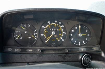 mercedes-benz-240d-w123-17