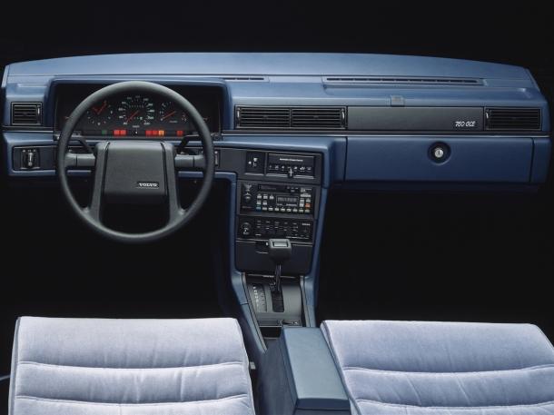 volvo-760-interior