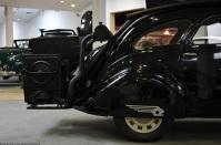 aventure-peugeot-museum-402-charcoal-3