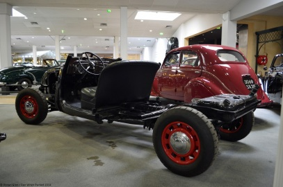 aventure-peugeot-museum-402-chassis-2