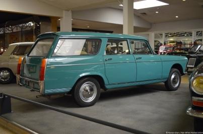 aventure-peugeot-museum-404-wagon-1