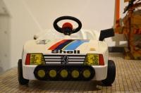 aventure-peugeot-museum-toy-205