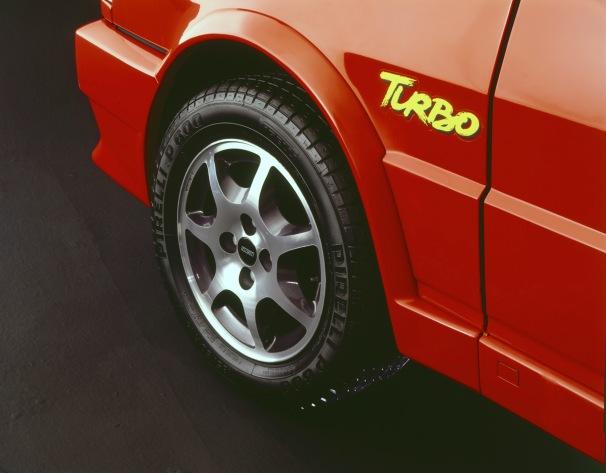 fiat-uno-turbo-4