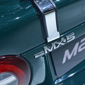 Live from the Geneva Motor Show: 1989 Mazda MX-5 Miata