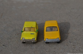 Scaled down: Majorette & Matchbox Renault 5