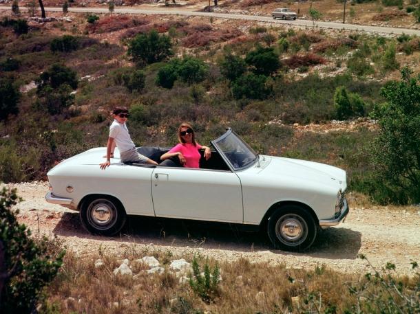 peugeot-204-cabriolet