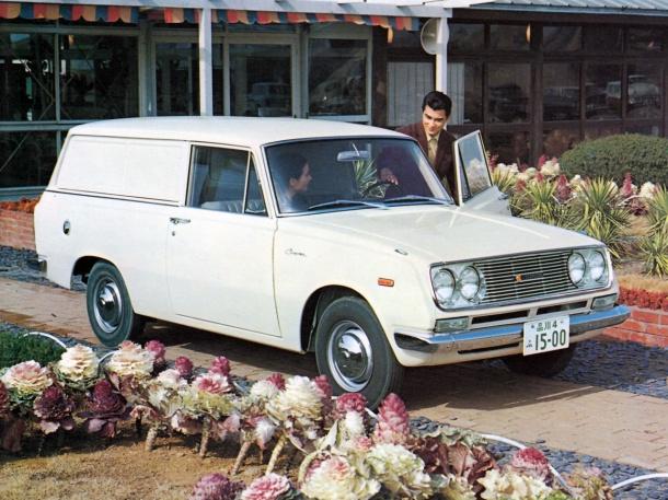 toyota-corona-van