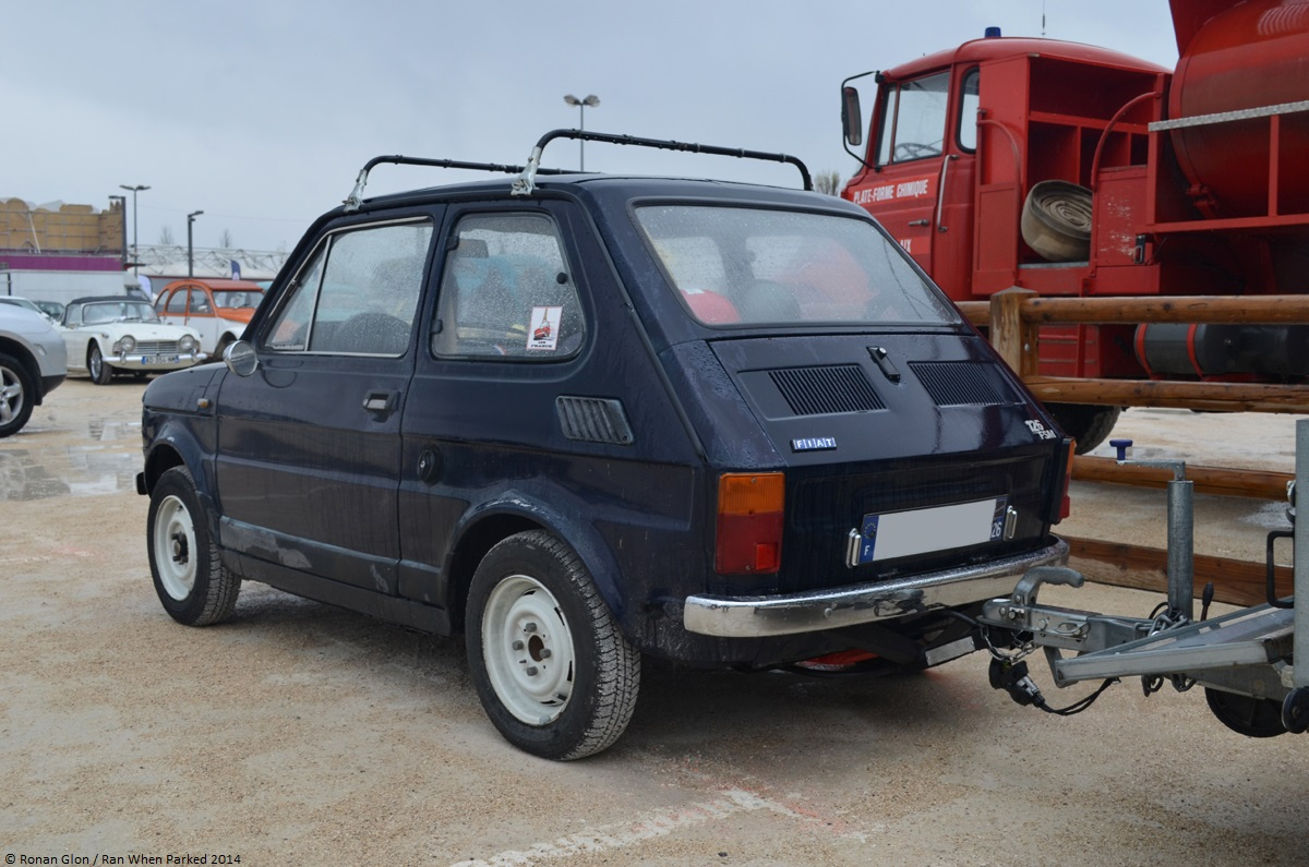 2014 avignon motor festival fiat 126 2 ran when parked. Black Bedroom Furniture Sets. Home Design Ideas