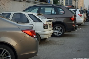 Rust in peace: Forgotten cars on the streets of Beijing